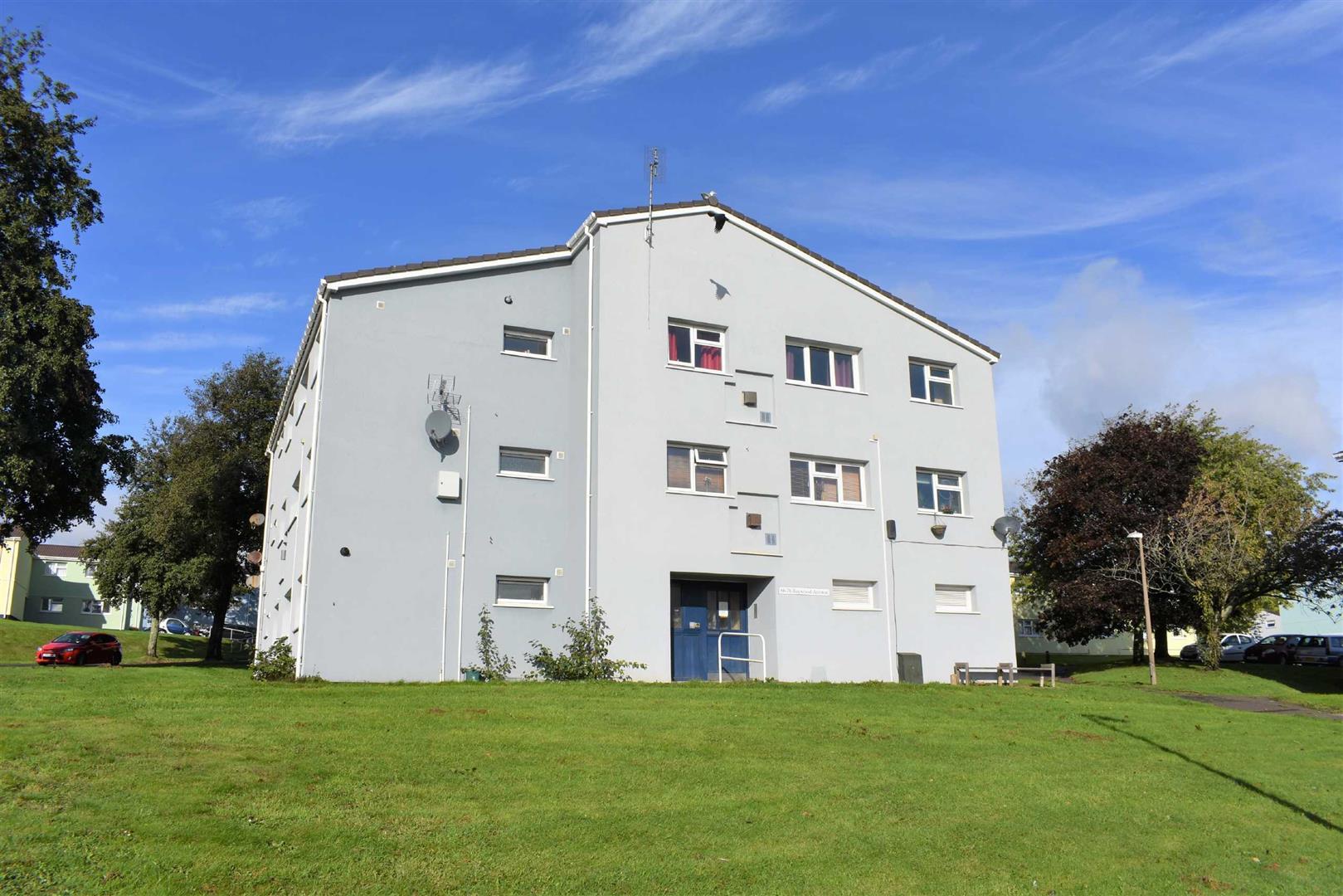 Baywood Avenue, West Cross, Swansea, SA3 5LW